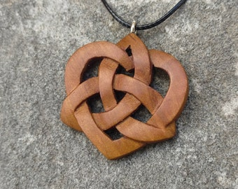 Celtic Trinity Knot Heart Pendant, Hand Carved Wooden Celtic Knot Necklace, Celtic Trinity Knot Necklace, Triquetra Pendant, Celtic Necklace