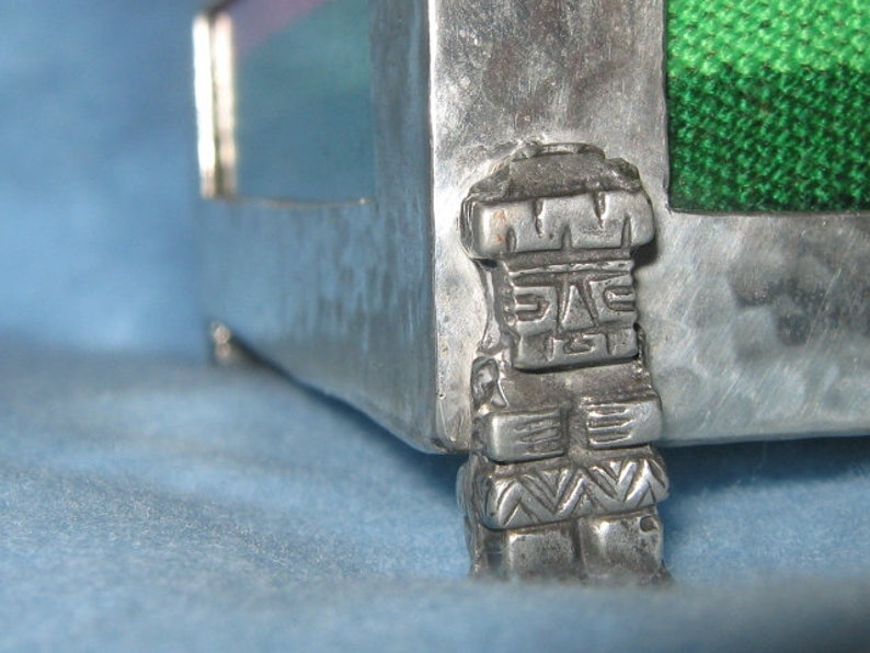 Signed Los Andes Authentic Hammered Pewter Viracocha God Andes South American Box With Woven Wool Under Glass
