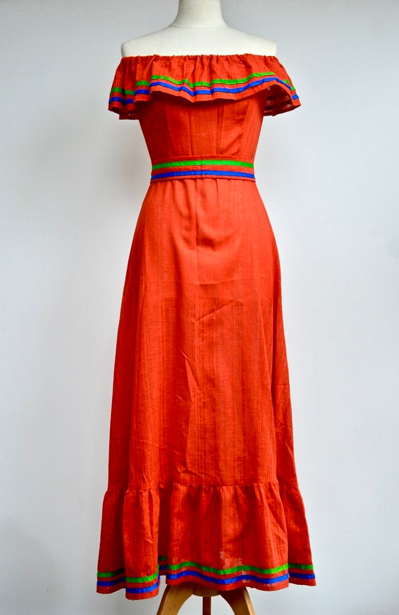 1970s Red off-the-shoulder maxi dress with green a