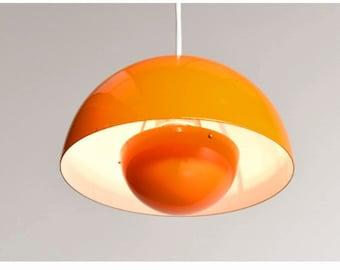 Verner Panton  Flowerpot enamel painted lamp  designed  in the 1970s