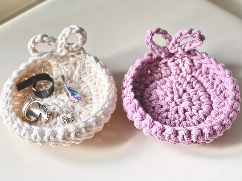 100/% Cotton Love Trinket Dish  Jewelry Holder  Engagement Gift  Minimalist Home Decor Amour Ring Dish  Mothers Day Gift Hand-Crocheted