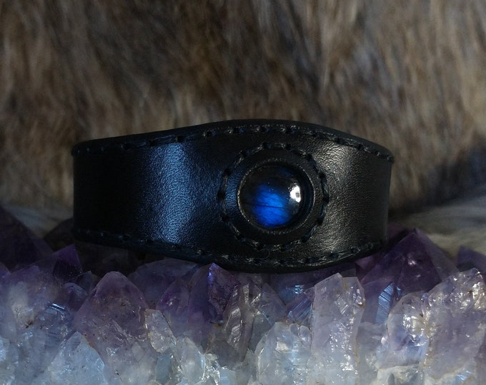 Blue Flash Labradorite Bracelet, Handmade Leather Bracelet, Leather Gemstone Cuff, Adjustable Leather Bracelet, Labradorite Stone Jewelry