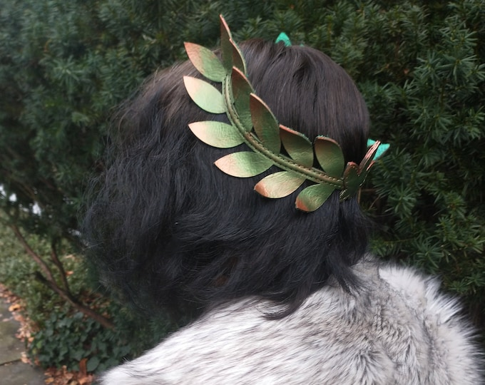 Featured listing image: Laurel Wreath Crown