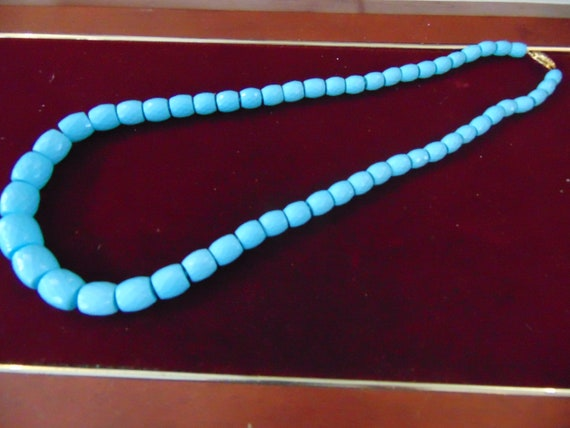 Vintage turquoise paste necklace