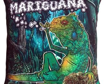 Iguana Lizard Reptile Wildlife Pillow
