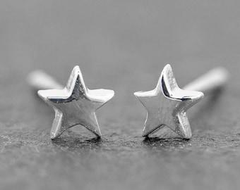 Star Stud Earrings 4mm Sterling Silver Stud Earrings, Dainty Earrings, Celestial Jewelry, New design!!
