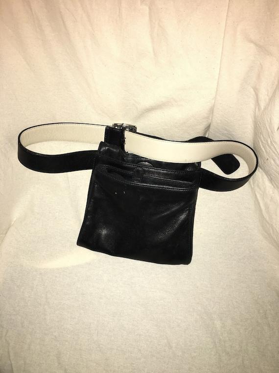 TOD'S leather waist bag// bum bag