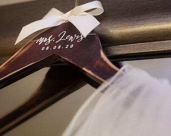 Bride Hanger Bridesmaid Hangers personalized, Wooden Engraved Hanger, Bridal Dress Hanger, Wedding Name Hangers bridesmaids gift