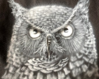 Airbrushed Canvas Tote - Owl