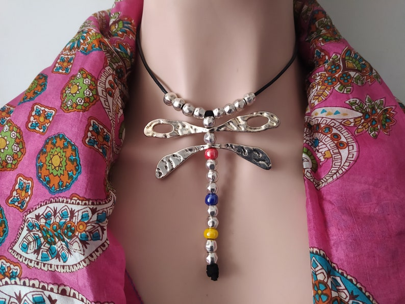 leather necklce with dragonfly Silver plated dragonfly necklace silver dragonfly choker necklace. silver dragonfly necklace with leather
