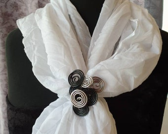 DRAHTORIA Cloth holder scarf holder in aluminium wire black anthracite silver scarf clip