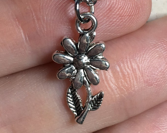 Flower Necklace on Stainless Steel Cable Chain Tibetan Silver Jewelry