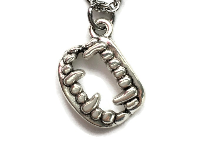 "Vampire Werewolf Fangs Necklace on Stainless Steel 18"" Cable Chain Tibetan Silver"