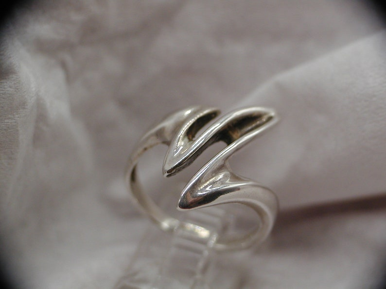 Sterling Silver Wave or Zig Zag Ring