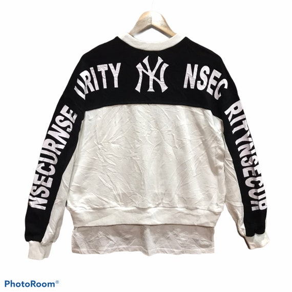 New York Yankees Big Logo Spellout Crewneck Sweats
