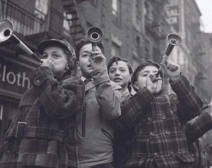 Poster: Bleeker Street, New York | Analog photo | Analog photography |  Historic photography | Vintage photography gift | Wall decor