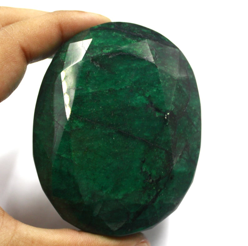 1559 Ct Certified Natural Top Quality Oval Shape Green Emerald Gemstone For Astrological Use MD18