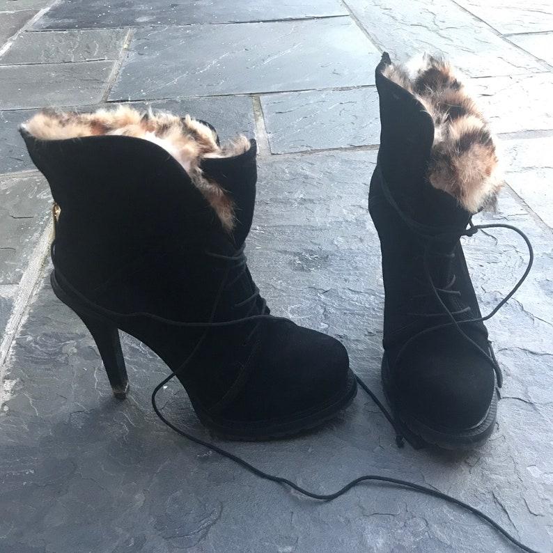 size 8 Elizabeth /& James fur-lined heel booties