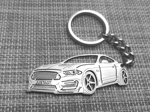ford mustang keychain and necklace set great gift a must have