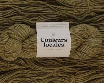 Naturally dyed wool of Lichen color worsted caliber