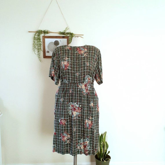 80/'s co-ord set blouse and skirt Vintage two piece set black floral print shirt and skirt  Co ord set top and maxi skirt