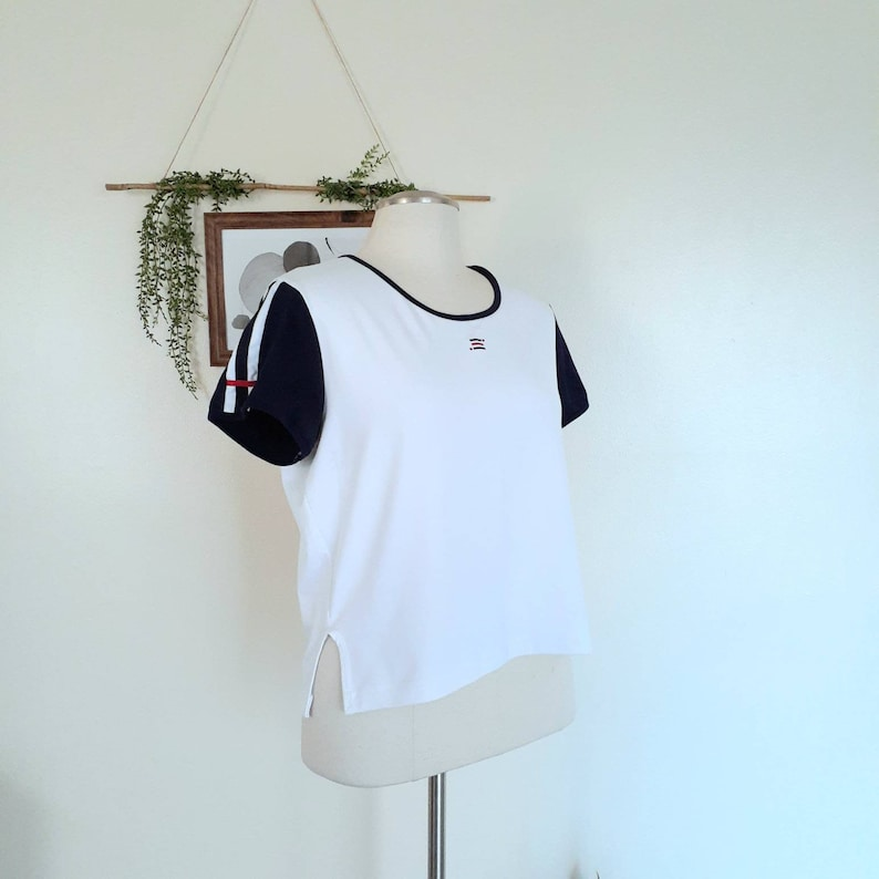 Y2K Cute T-shirt 2000s Sporty Aesthetic 90s Baby Tee Vintage Plus Size White Cropped Tee Fitted Short Sleeve Top