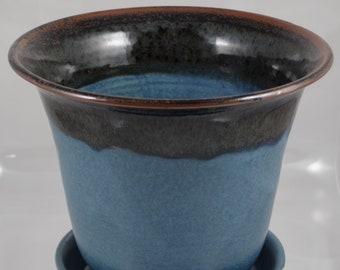 Planter medium silky blue and tenmoku. Handmade highfired stoneware