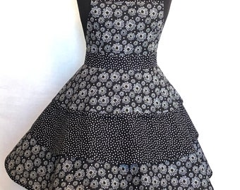 Sketched Daisies on Black - Three Layer Apron - One Size Fits Most - Figure Flattering Pattern