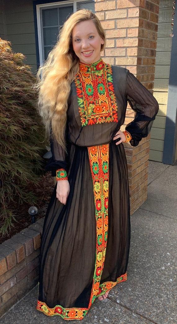 70s Boho Maxi Dress SUZANNE CUTOM ORIGINAL Patchw… - image 1