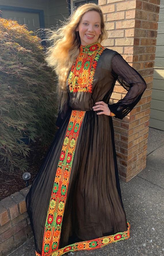 70s Boho Maxi Dress SUZANNE CUTOM ORIGINAL Patchw… - image 6
