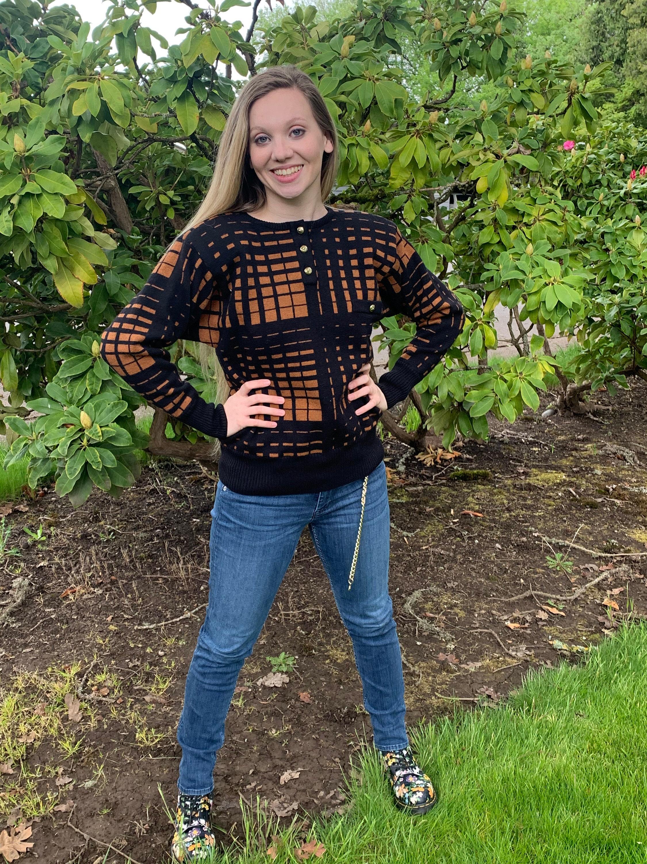 80s Sweatshirts, Sweaters, Vests | Women 80S Vintage Op Art Aragoff Made in Italy Wool Brown  Black Sweater $48.30 AT vintagedancer.com