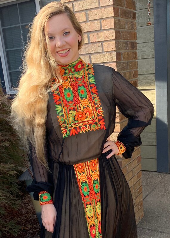 70s Boho Maxi Dress SUZANNE CUTOM ORIGINAL Patchw… - image 3