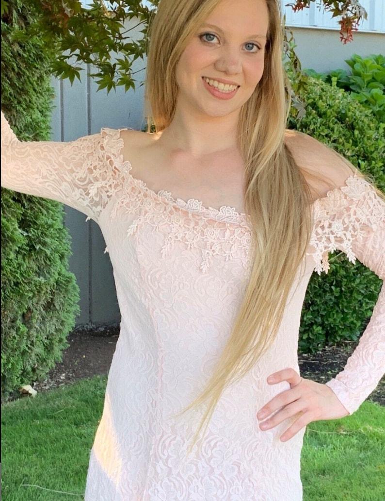 Vintage Florencia FumeFiume Pale Pink Lace Body Hugging Dress Bare Shoulders M