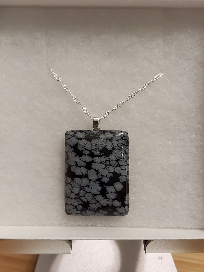 Beautiful Snowflake obsidian with SS chain