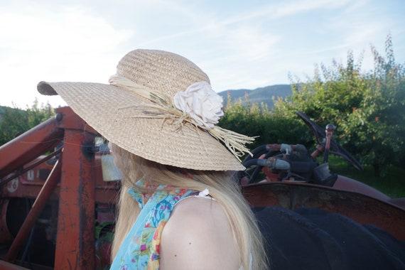Beautiful Summer Straw Sun Hat - image 7