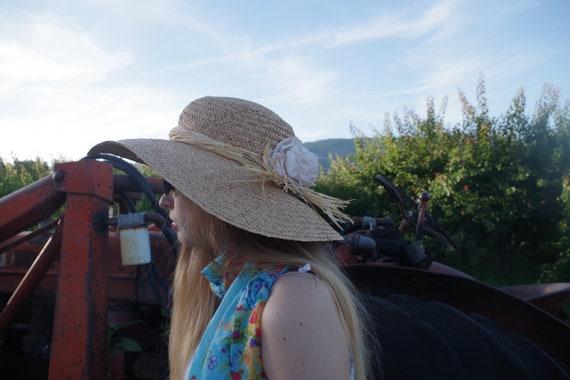 Beautiful Summer Straw Sun Hat - image 8