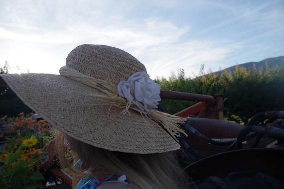 Beautiful Summer Straw Sun Hat - image 2