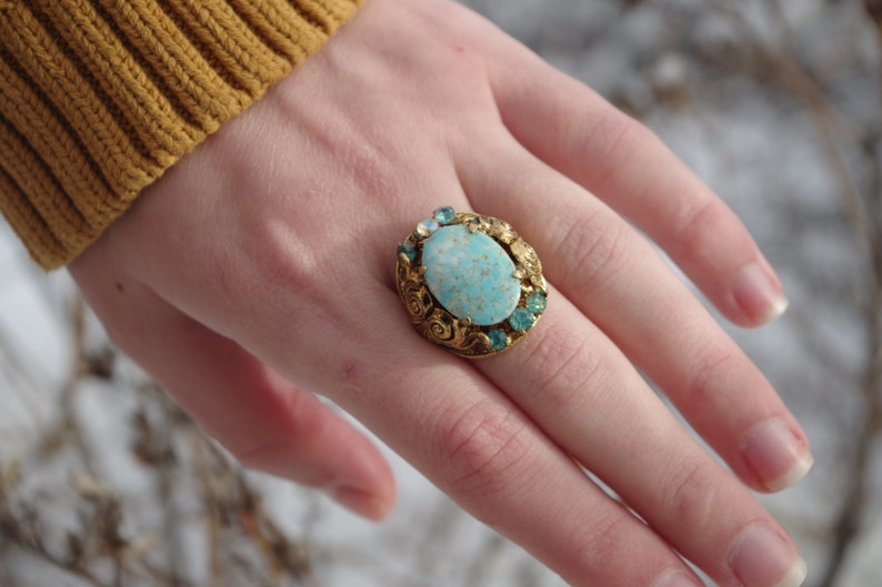 Beautiful Victorian ANTIQUE  Brass Ring From Early 1900s