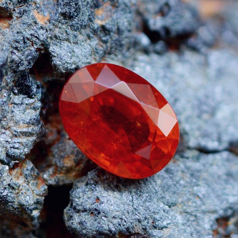 SP2103 Oval Natural  Spessartite Garnet loose gemstones from Tanzania 3.6 cts. Orange Spessartite Garnet