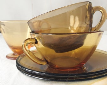 Vintage glass cups and creamer | Retro 1940 glass cremer | Arcopal by Arc amber colored cups