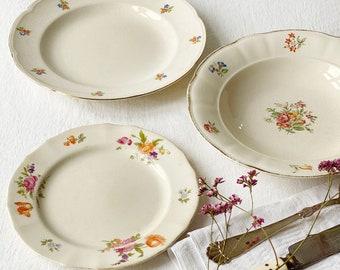 Shabby mix and match floral porcelain | Set of 3 Gandma-style plates | Vintage Scandinavian design - Rörstrand, Aluminia and Arabia |