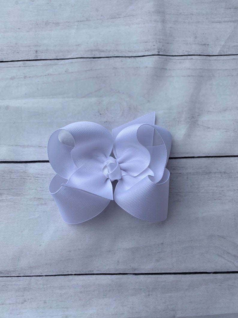 White 4 Inch Hairbow