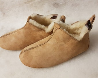 Women Sheepskin Slippers , Men's Indoor Shoes, Natural Leather, Handmade, Warm and Soft, Sheepskin Boots, Suede Sole with Rubber Spots.