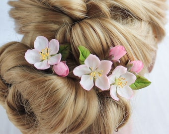 Apple blossom hairpin, Bloming flower bridal hairpiece, Spring botanical floral hairpins, Blush wedding flowers for hair, Realistic flower
