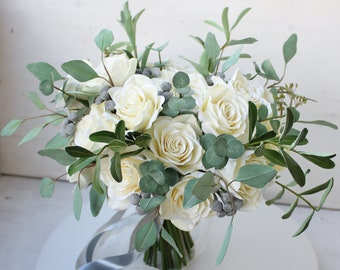 White & green eucalyptus bridal bouquet, Sage greenery bouquet, Alternative winter bouquet, Botanical bouquet, Rustic bouquet, Eco wedding