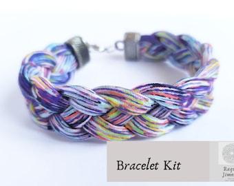 Braided textile bracelet kit, instrutions and materials friendship  bracelet, easy multicolor bracelet tutorial, jewelry kit diy.