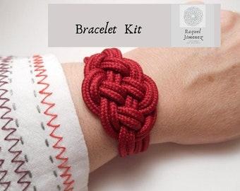 Kit to make a macrame knot bracelet, how to make an infinite knot bracelet, materials diy for rope bracelet, chunky bracelet kit
