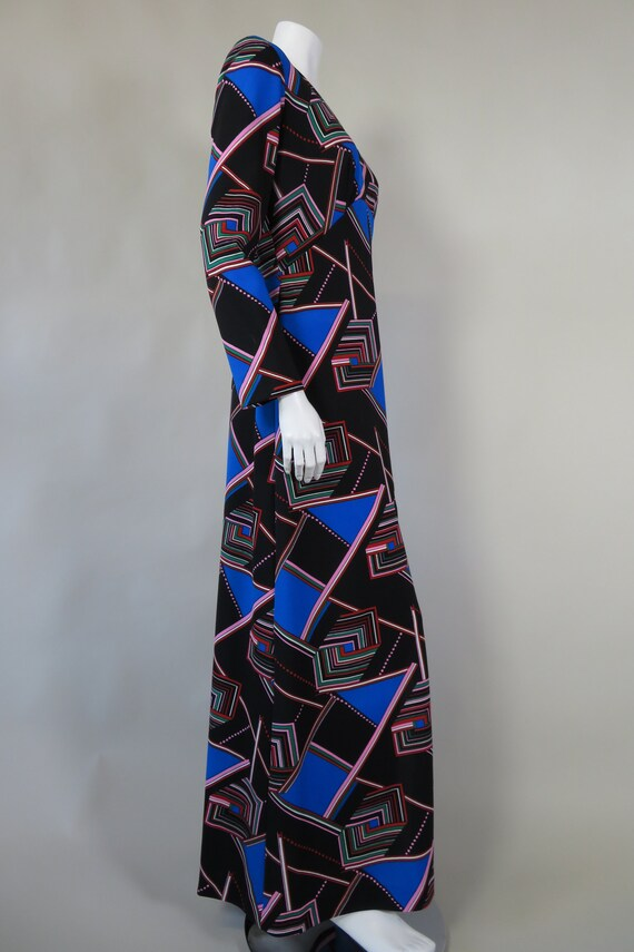 1970s Psychedelic Print Maxi Dress - image 9