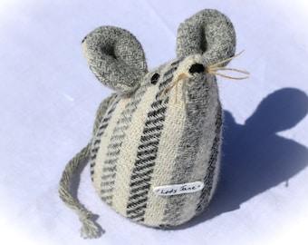 Tuto amigurumi au crochet : La petite souris – Le blog de Caro Tricote | 270x340