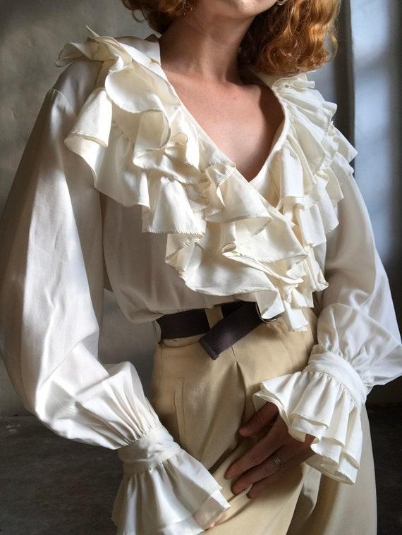Vintage statement blouse, white puff sleeve ruffl… - image 8
